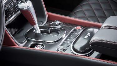 Bentley Contintental GT Speed 2015 gearstick