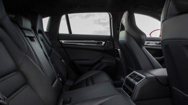 Porsche Panamera Turbo S E-Hybrid Sport Turismo - back seats
