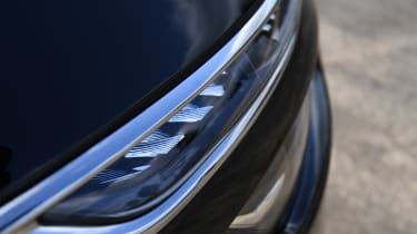 Citroen Grand C4 SpaceTourer - front light