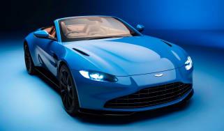 Aston Martin Vantage Roadster - front