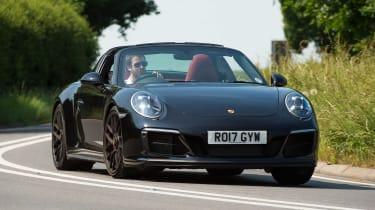 Porsche 911 Targa GTS - front cornering