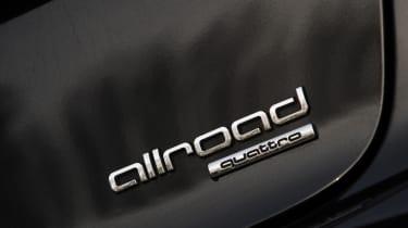 Audi A6 Allroad badge