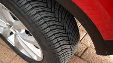 Renault Kadjar - long term new tyre
