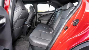 Lexus UX - back seats