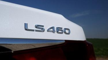 Lexus LS badge