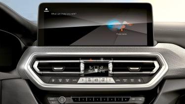 BMW X4 - infotainment