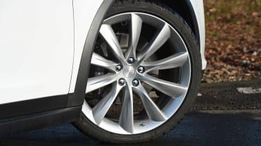 Tesla Model X - wheel detail