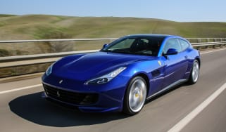 Ferrari GTC4 Lusso T 2017 - blue front tracking