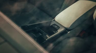 Porsche 911 Carrera S - arm rest