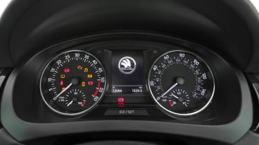 Used Skoda Rapid Spaceback - dials