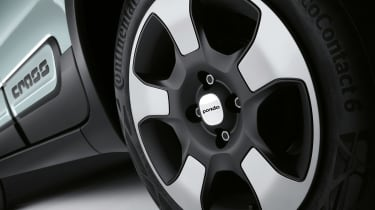 Fiat Panda hybrid - wheel