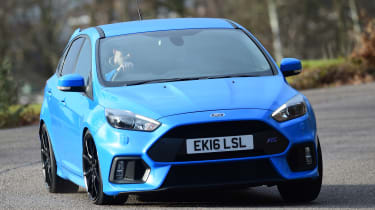 Ford Focus RS Mountune - front cornering
