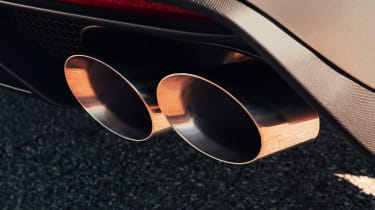 Ford Mustang Shelby GT500 - exhaust