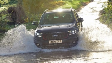 Ford Ranger Thunder - off-road