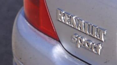 Clio II RS 72 - badge