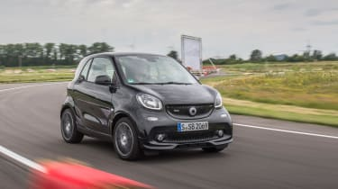 Smart ForTwo Brabus 2016 - front cornering