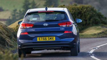 New Hyundai i30 - rear action