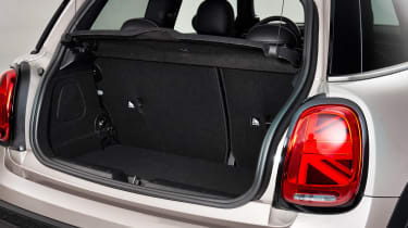 MINI 3-door hatch facelift - boot side