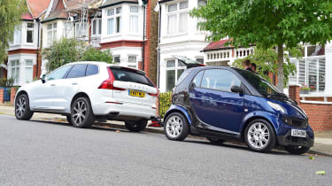 Volvo XC60 and Smart ForTwo