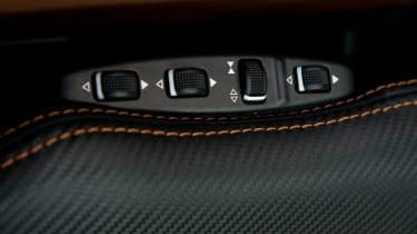 Mercedes-AMG G63 Edition 463 - seat controls