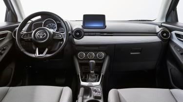 Toyota Yaris - interior