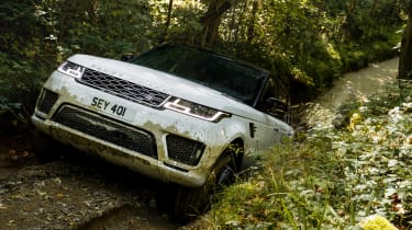Range Rover Sport PHEV - front uphill