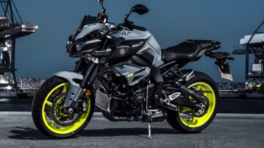 Yamaha MT-10 review - static side profile