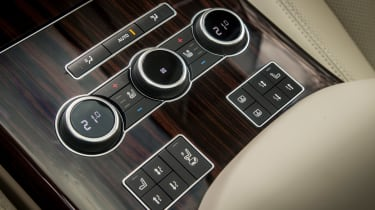 Range Rover Autobiography - air-con controls