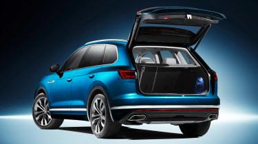 Volkswagen Touareg - rear static boot open