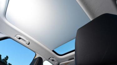 Vauxhall Grandland X - panoramic roof