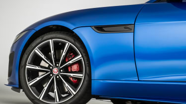 Jaguar F-Type - wheel