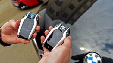 BMW 5 Series - second report keys