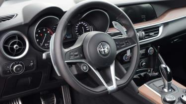 Alfa Romeo Stelvio - steering wheel