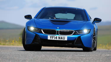BMW i8 UK action