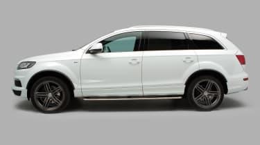 Used Audi Q7 - side