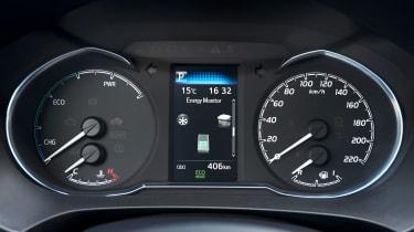 Toyota Yaris Hybrid Bi-Tone - dials