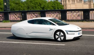 Volkswagen XL1 - action