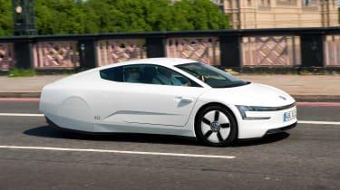 Volkswagen XL1 - action