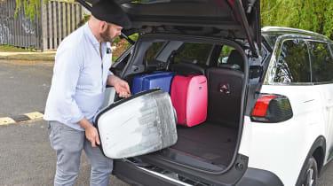Peugeot 5008 - luggage
