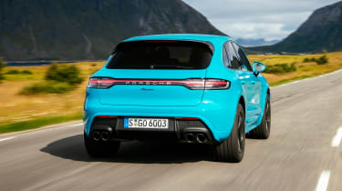 Porsche Macan 2.0 - rear