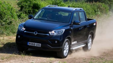 SsangYong Musso Rebel - front