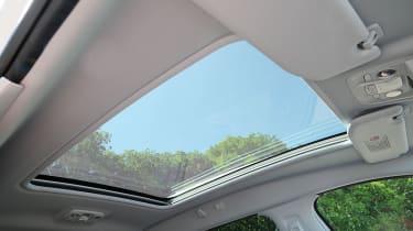 Peugeot 2008 1.6 e-HDi sunroof