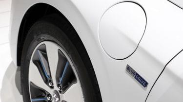 Hyundai Ioniq PHEV Geneva - side detail
