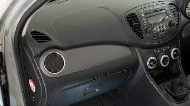 Used Hyundai i10 - trim