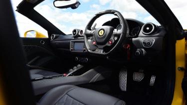 Ferrari California T Handling Speciale - interior