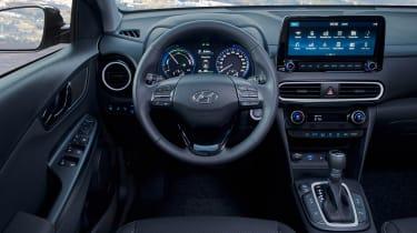 Hyundai Kona hybrid - dash