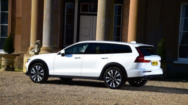 Volvo V60 Cross Country - rear static