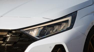 Hyundai i20 N - front lights