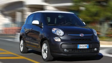 Fiat 500L front tracking