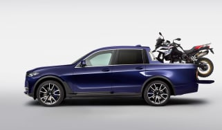 BMW X7 pick-up truck